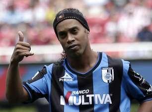Ofensas a Ronaldinho expõem racismo no futebol mexicano