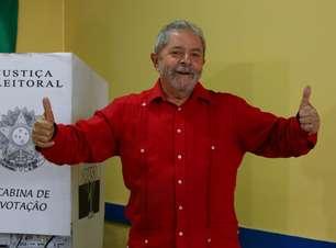 Lula não crê em golpe, mas compara Aécio a Carlos Lacerda