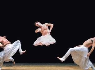"""Cegos na dança: audiodescrição ajuda a """"ver"""" espetáculos"""