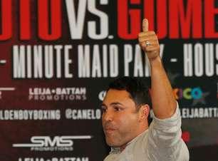 Oscar De La Hoya cogita retorno e quer luta com Mayweather