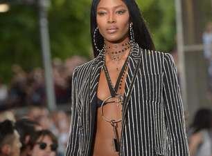 Com famosos na plateia, Givenchy escala time de tops