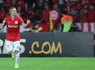 """""""Sei da importância da Liga"""", diz D'Alessandro após bronca"""