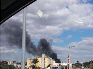 vc repórter: galpão abandonado pega fogo em Belo Horizonte
