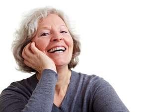 Idosos podem fazer clareamento dental?