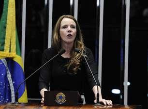 Senadora que defendeu Dilma é hostilizada em voo a Curitiba