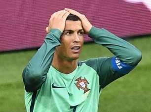 Cristiano Ronaldo deixa a Rússia para conhecer filhos