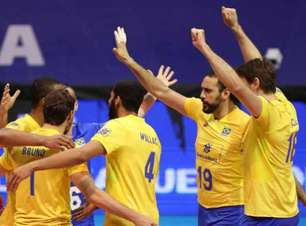 Brasil estreia na fase final, bate Canadá e põe 'pé' na semi