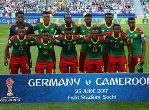 Campeão africano, Camarões para na Nigéria e dá adeus à Copa