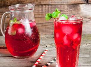 Confira oito drinks com cachaça para fazer em casa