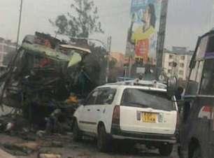 Al-Shabab, o grupo acusado pelo maior ataque da história da Somália, que matou quase 300 pessoas