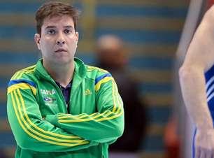 Ex-ginasta acusa Fernando de Carvalho de desviar verbas