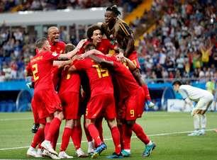 Bélgica vira no último minuto e avança para as quartas