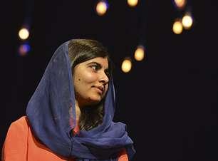 No Brasil, Malala defende legado de Marielle Franco