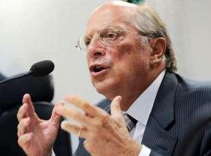 Para Reale Jr, postagem de Bolsonaro justifica impeachment