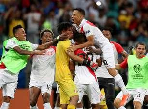 Peru vence Uruguai nos pênaltis e avança na Copa América
