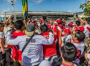 Peruanos chegaram ao Maracanã já conformados com o vice
