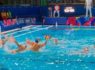 Seleção masculina bate Argentina e é bronze no polo aquático