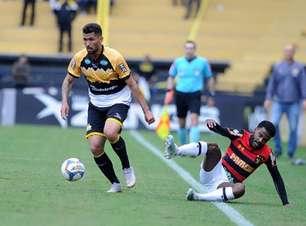 Lateral do Criciúma comemora vitória sobre Sport, mas já pensa no Londrina