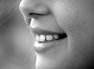 Gengiva é a moldura dos dentes, aprenda cuidados