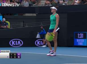 WTA Brisbane: Jennifer Brady v Ash Barty - 6-4, 7-6