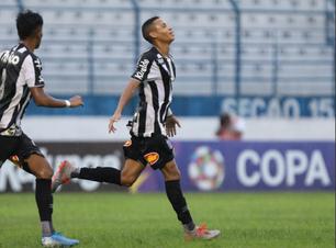 Santos vira para cima do Marília e se classifica com 100%
