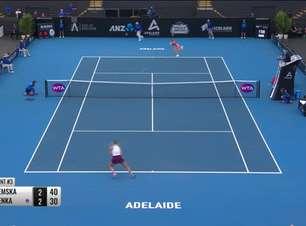 WTA Adelaide: Yastremska vence Sabalenka e chega à final