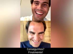 """Nadal e Federer mostram que o talento fica dentro das quadras quando o assunto é live: """"Estamos velhos para isso"""""""