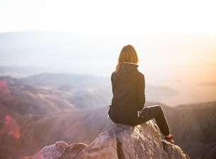"""""""Assim que você confiar em si mesmo, saberá como viver"""""""