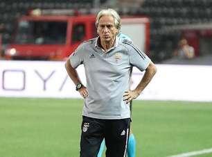 Jorge Jesus perde com Benfica e está fora da fase preliminar da Liga dos Campeões