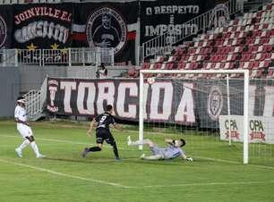 São Caetano sofre dois gols em três minutos e é derrotado pelo Joinville pela Série D