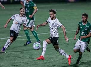 Atlético-MG perde para o Goiás e se complica para o título