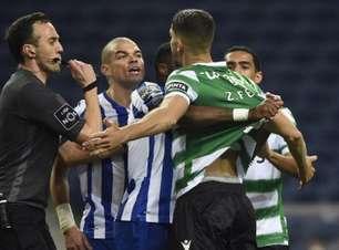 Em partida de ataque contra defesa, Porto e Sporting empatam sem gols pelo Português