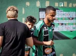 Ex-Corinthians, Rafael Castro projeta que Maringá FC vai 'se impor' diante do Coritiba