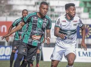 Estreando no Paranaense, Coritiba vence o Maringá com gol de Waguininho e expulsão