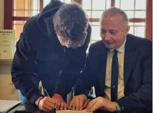 Bisneto de Mussolini assina contrato de 3 anos com a Lazio