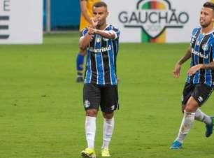 Na volta dos titulares, Grêmio goleia o Pelotas