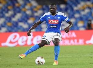 Liverpool entra em contato com Napoli por Koulibaly
