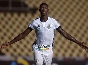 Negociação do Botafogo com Athletico-PR por Matheus Babi esfria