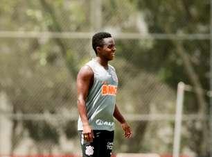 Cazares se apresenta ao Fluminense e realiza testes físicos