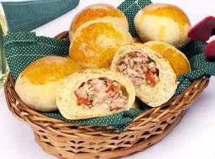 Pão de batata recheado saboroso e fácil