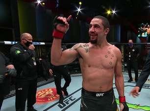 Whittaker dá 'aula' de MMA, vence Gastelum no UFC Vegas 24 e se aproxima de chance pelo título