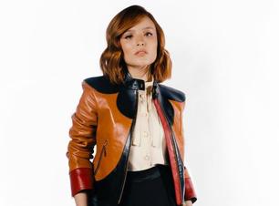 Coincidência: Larissa veste jaqueta usada por ex-BBB Thelma