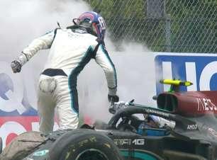 """Brawn vê mais culpa de Bottas do que de Russell em acidente: """"Deixou sem espaço"""""""