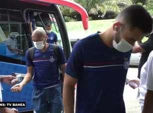 "COPA DO NORDESTE: Bastidores do Bahia mostram Dado Cavalcanti usando vídeo do título de 2017 para motivar elenco: ""Só faltam 4 jogos"""