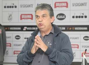 Gerente do futebol de base: Corinthians faz proposta por Carlos Brazil, que recusa e segue no Vasco