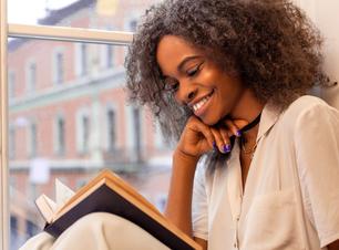 Dia do Livro: conheça a leitura ideal para cada signo