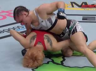 Ariane Sorriso vence em luta agitada no card preliminar do UFC 261
