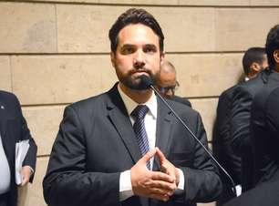 Polícia investiga foto íntima de ex que acusou Jairinho
