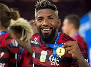 Já ciente do retorno, Rodinei poderá jogar a Libertadores pelo Flamengo em uma eventual fase de oitavas