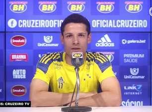 """CRUZEIRO: Matheus Barbosa destaca 'trabalho duro' para crescimento pessoal: """"Busquei dar o meu melhor nos treinos e nos jogos"""""""